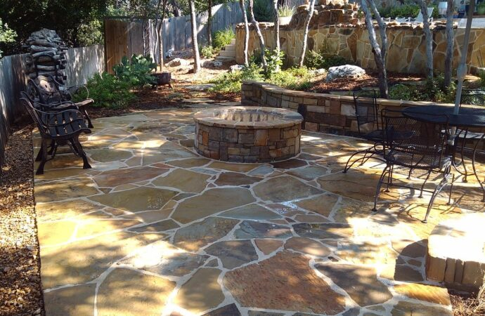 Balch Springs-Mesquite TX Professional Landscapers & Outdoor Living Designs-We offer Landscape Design, Outdoor Patios & Pergolas, Outdoor Living Spaces, Stonescapes, Residential & Commercial Landscaping, Irrigation Installation & Repairs, Drainage Systems, Landscape Lighting, Outdoor Living Spaces, Tree Service, Lawn Service, and more.