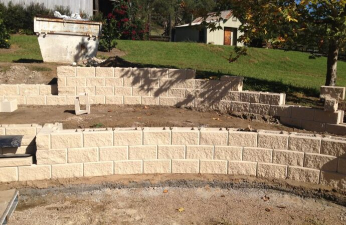 Retaining & Retention Walls-Mesquite TX Professional Landscapers & Outdoor Living Designs-We offer Landscape Design, Outdoor Patios & Pergolas, Outdoor Living Spaces, Stonescapes, Residential & Commercial Landscaping, Irrigation Installation & Repairs, Drainage Systems, Landscape Lighting, Outdoor Living Spaces, Tree Service, Lawn Service, and more.